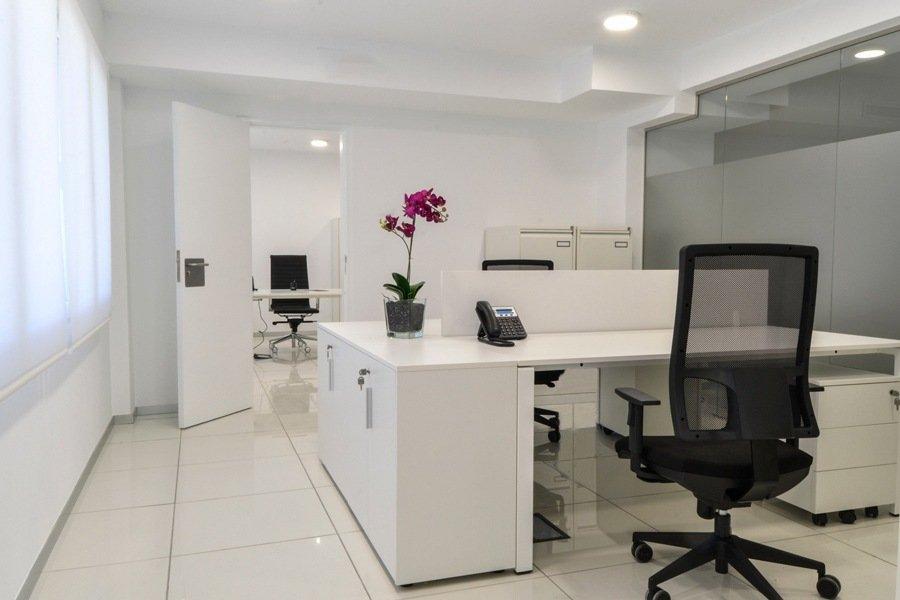 Oficinas Montichelvo Perona