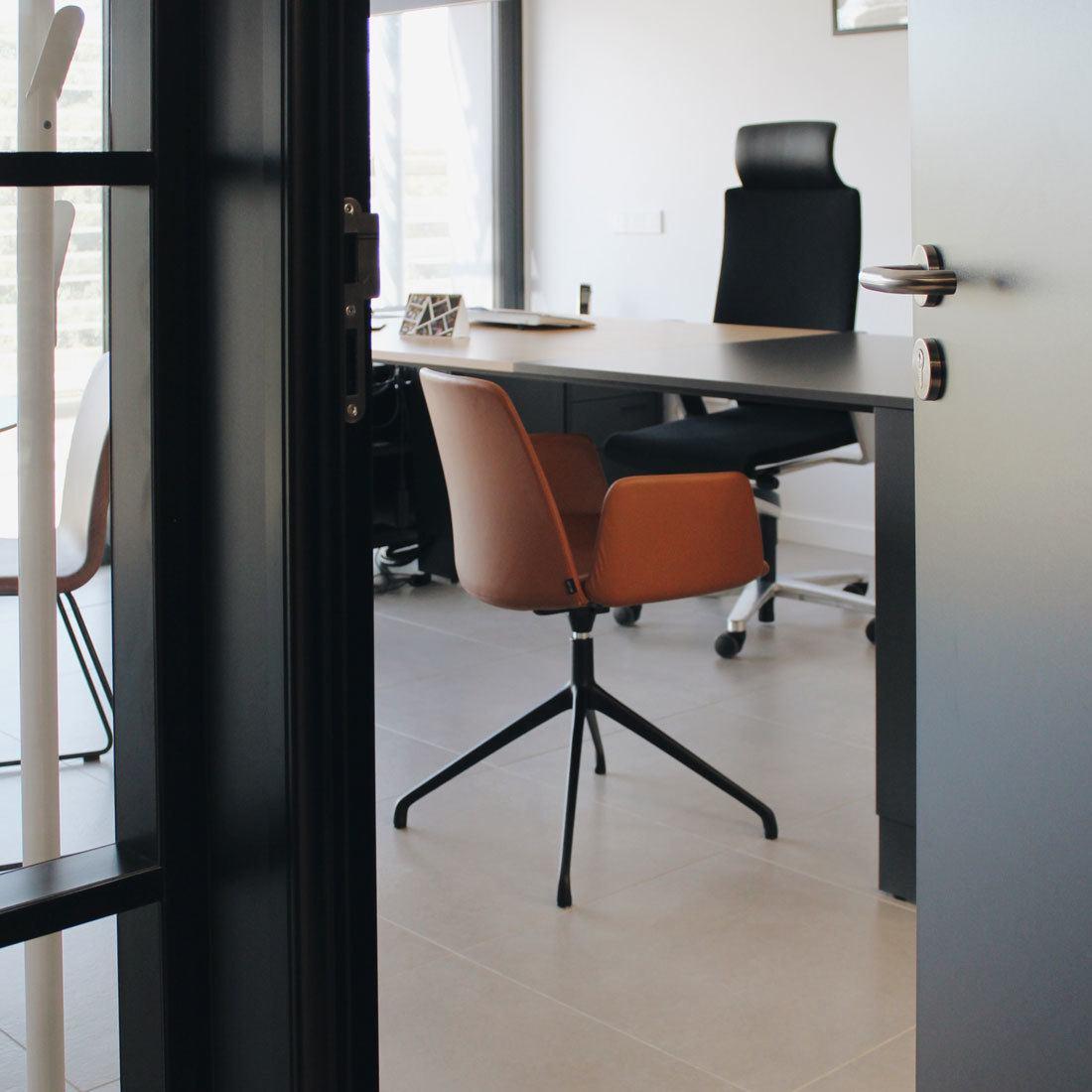 oficinas de cerda group silla on