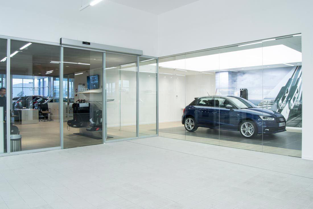 instalaciones Audi Marza Castellón vehículos mobiliario ofival