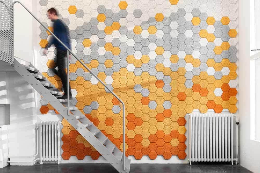 materiales sostenibles para insonorizar la oficina