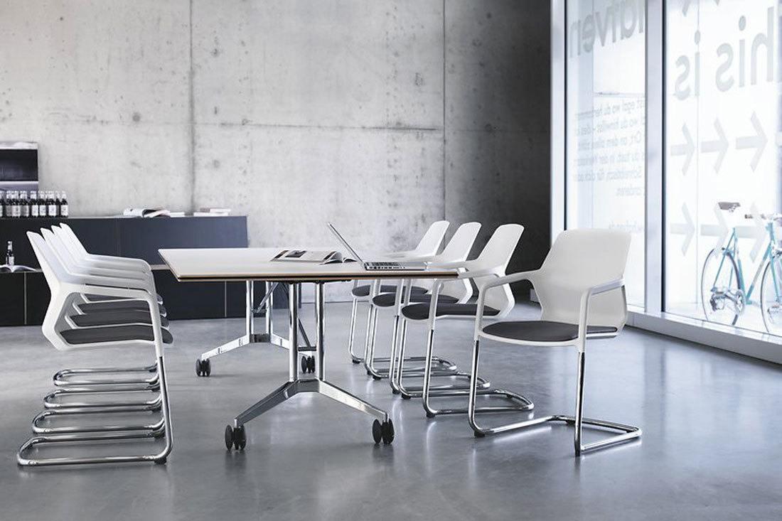 Mesas rectangulares de reuniones