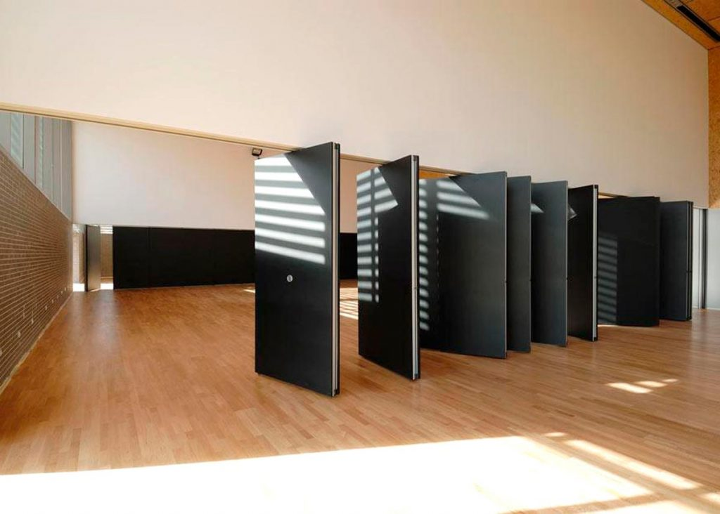 tabique móvil en grandes espacios