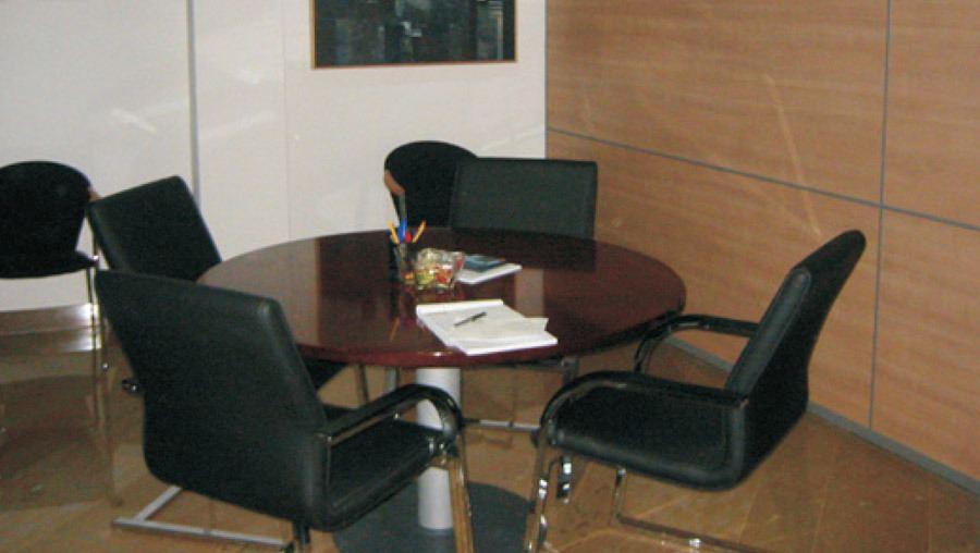 Mesa reuniones Notaria Dª Rosa Perez Guillot