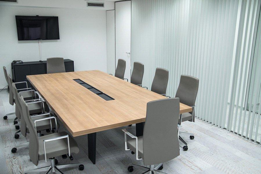 Mesa de juntas Palbox Holding