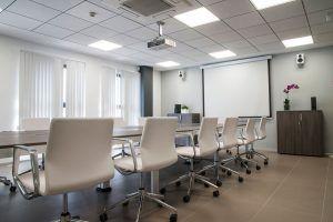 sala reuniones instalaciones Emuca Ofival