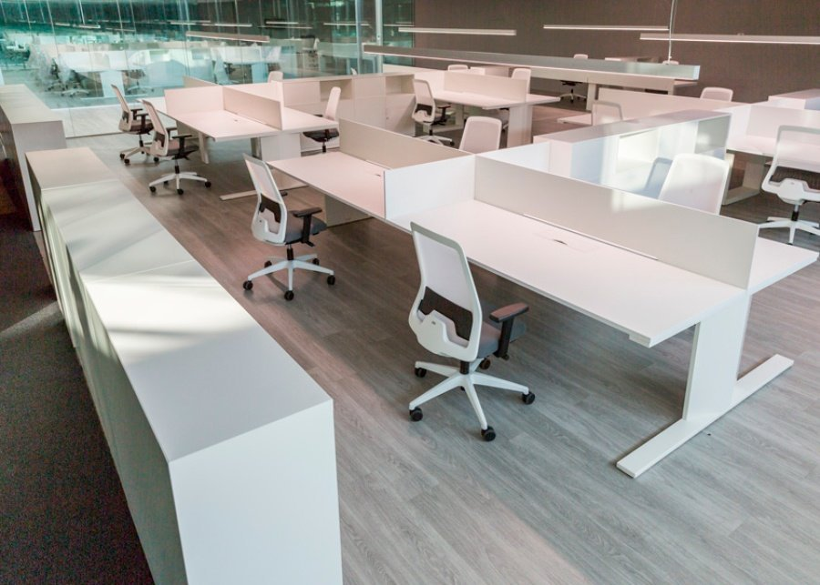 Gh electrotermia ofival equipamiento de oficina for Muebles de oficina con llave