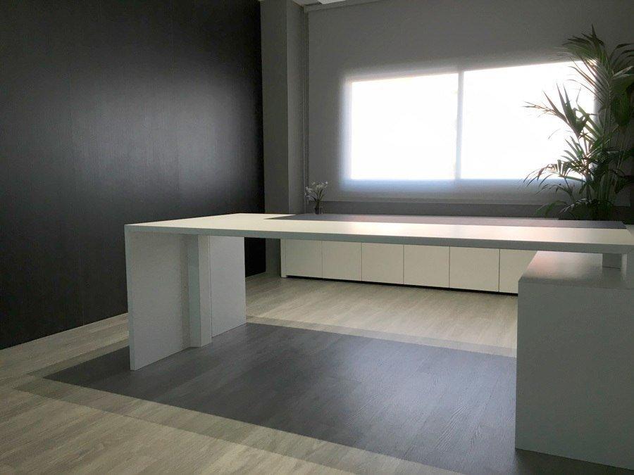 Mobiliario de oficina a medida ofival equipamiento de for Mobiliario de oficina recepcion