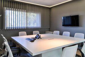 Mesa reuniones GH Grupo
