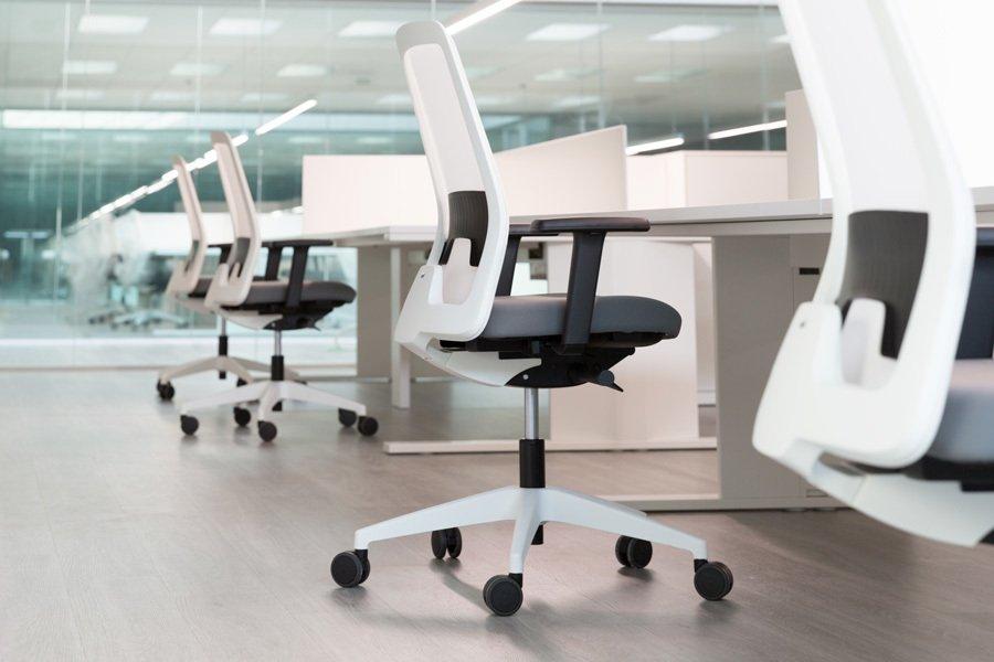 Silla everyis1 182e blanco ofival equipamiento de oficina - Sillas oficina valencia ...