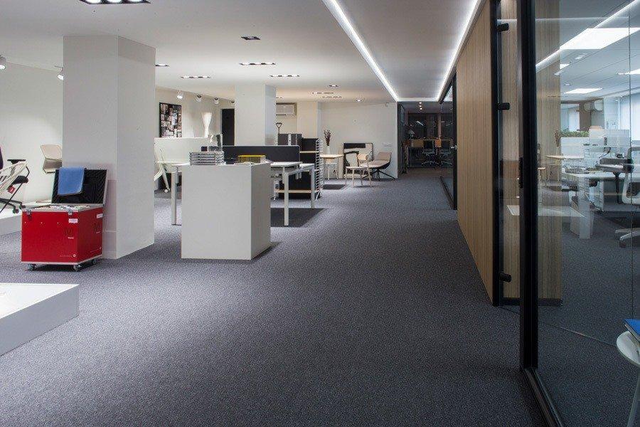 showroom-ofival-mampara-separadora