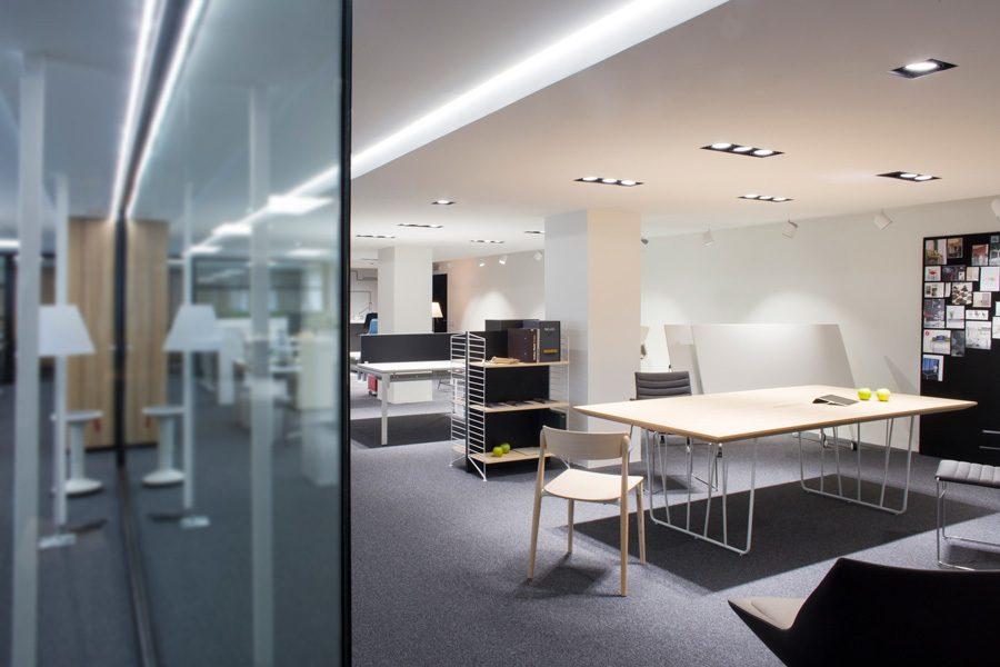 Showroom de muebles de oficina en valencia ofival for Oficinas prop valencia