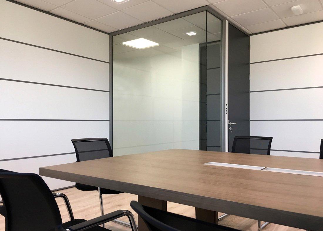 Zona de reuniones instalaciones Servalesa
