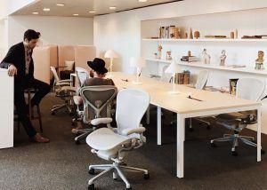 espacios-de-reunion-en-la-oficina