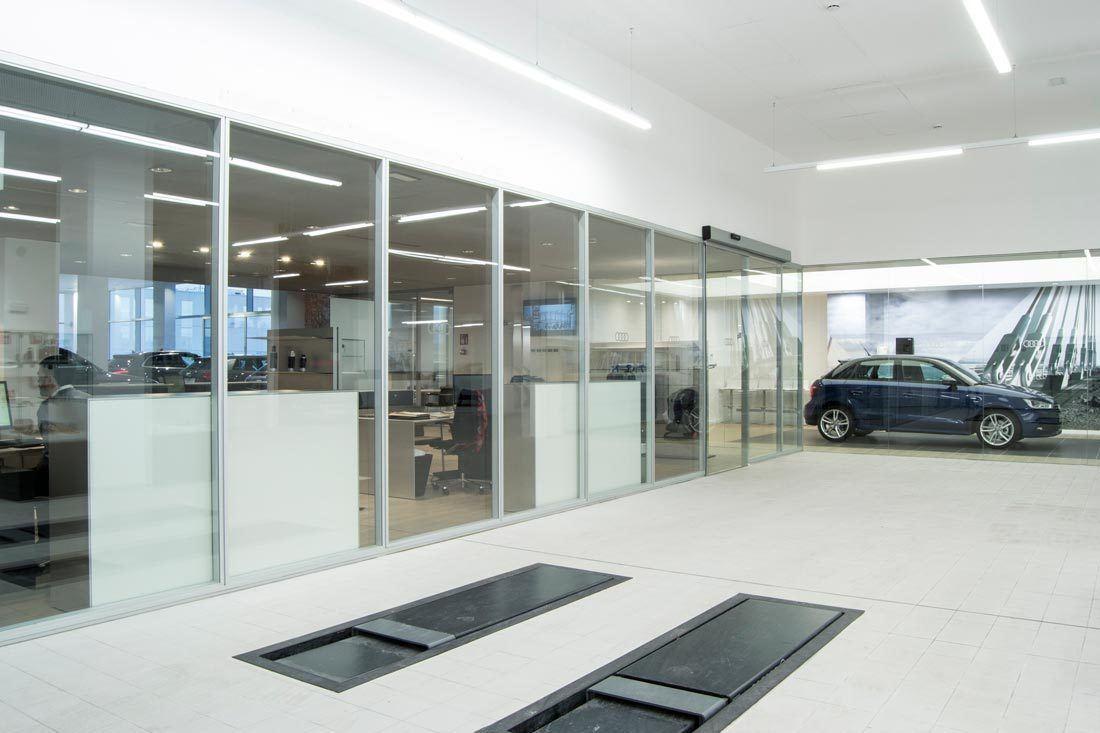 instalaciones-audi-marza-castellon-recepcion-automoviles-mobiliario-ofival