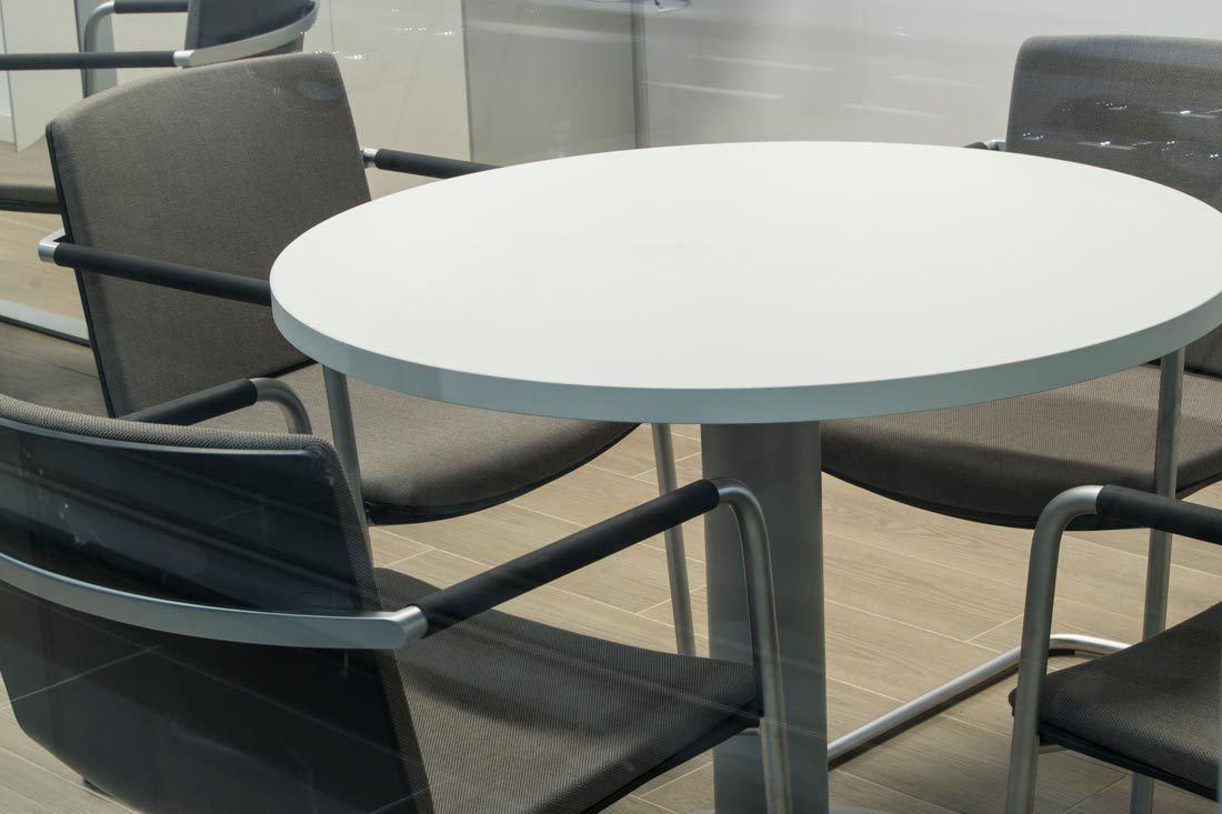 instalaciones audi marza castellon zona reunion mobiliario ofival