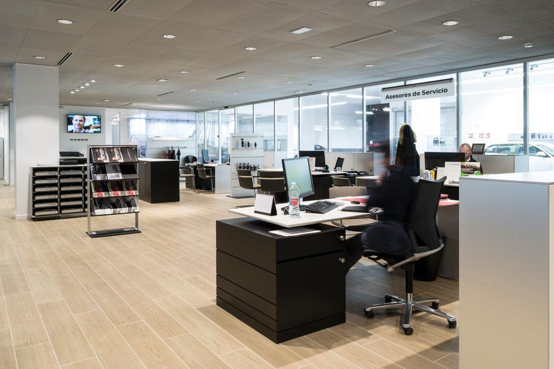 instalaciones-audi-marza-castellon-zonas-asesores-mobiliario-ofival