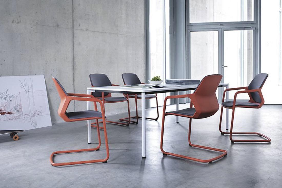 sillas de reuniones fijas