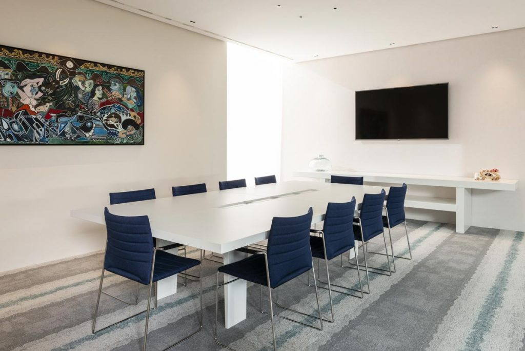 sala de reuniones grupo fulton