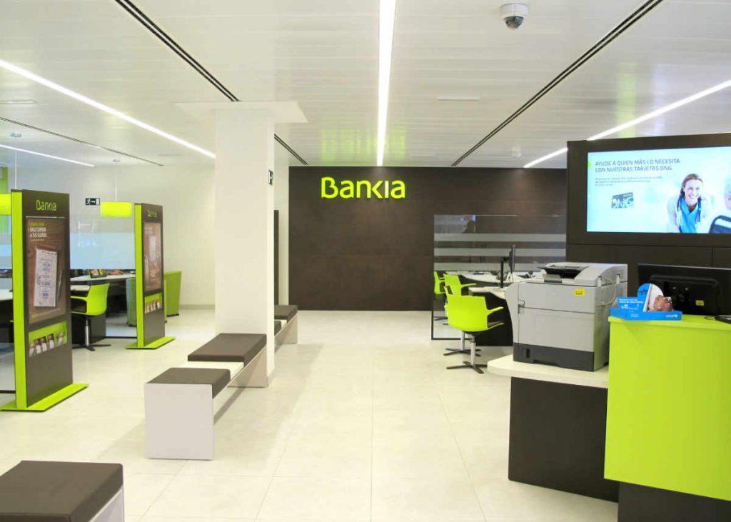 señalización de oficinas con imagen de marca