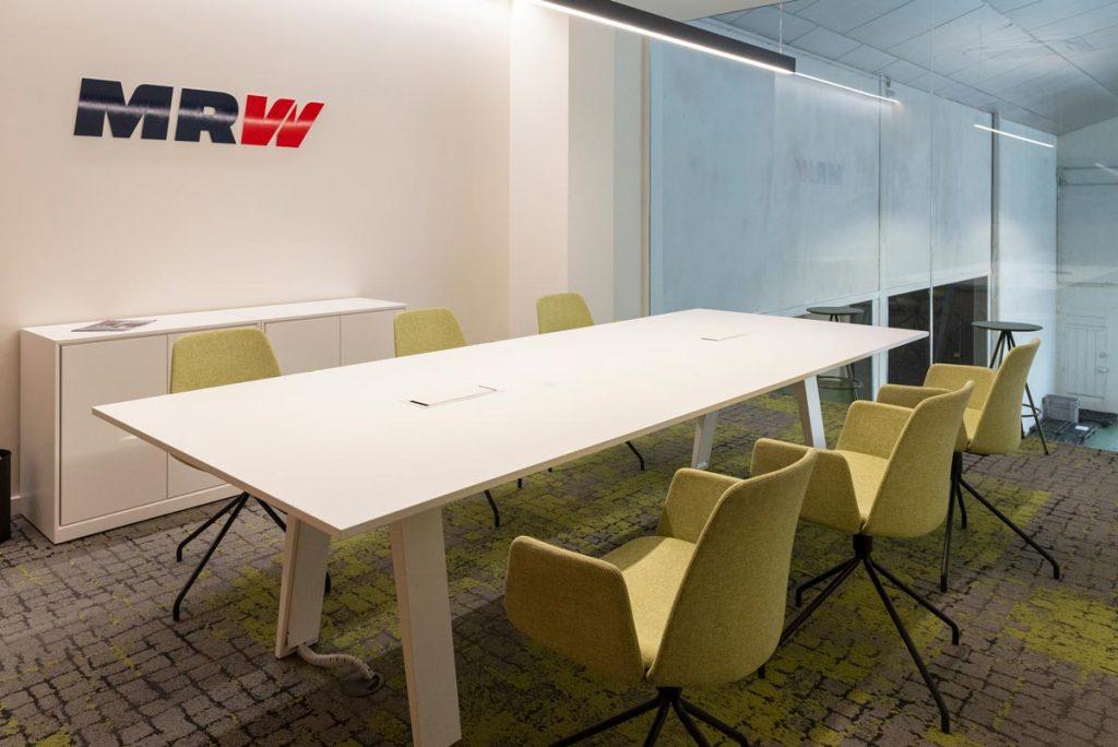 sala de reuniones instalaciones mrw aldaia