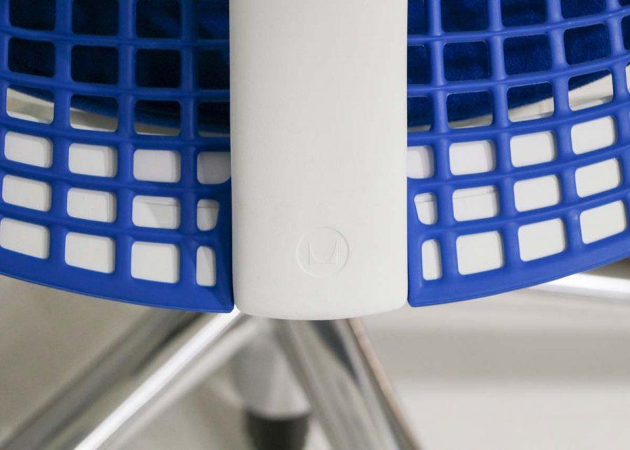 Silla Sayl Azul detalle respaldo