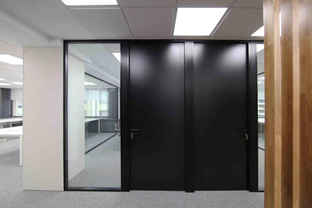 Salas de reuniones Alberta Norweg puertas ciegas