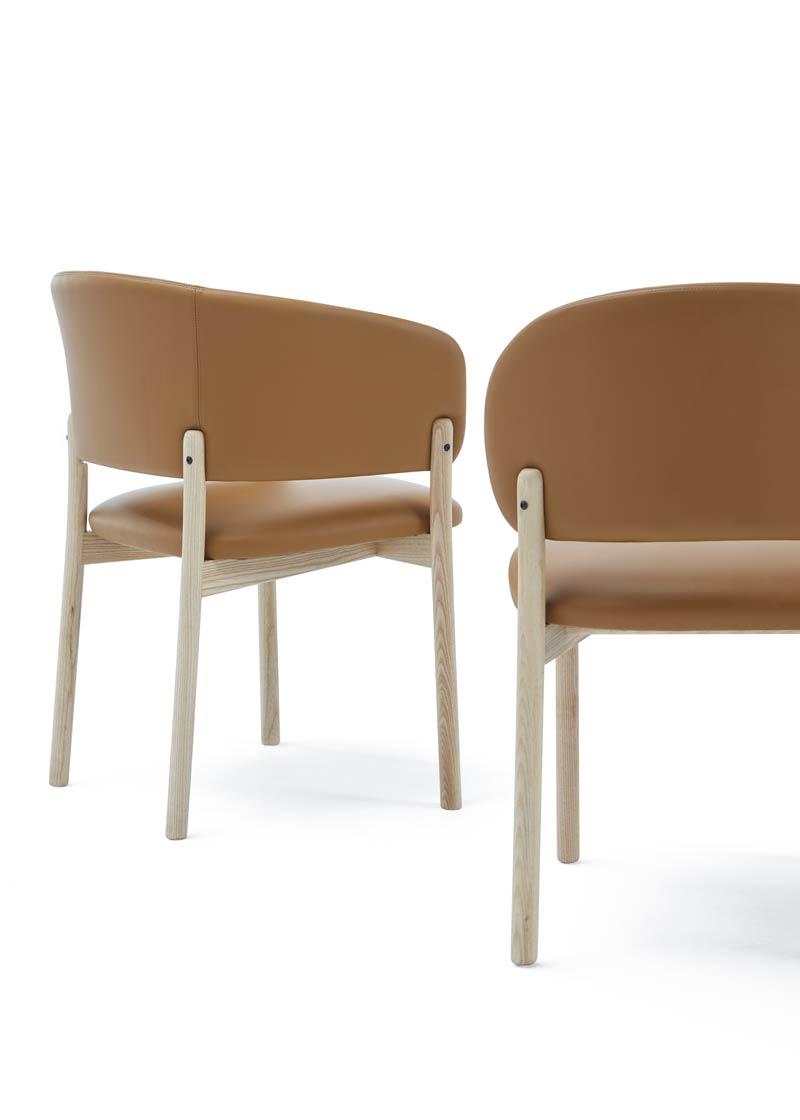 silla con brazos rc wood natural trasera