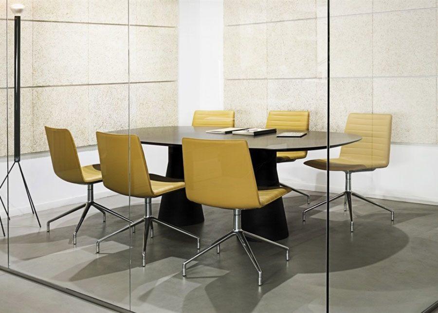 mesa reunion reverse ambiente sillas